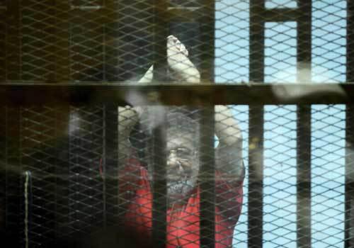 مصر.. الحكم بالسجن المؤبد للرئيس مرسي بتهمة التخابر مع قطر