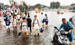 ما لا يقل عن 24 قتيلا في أمطار غزيرة بالصين