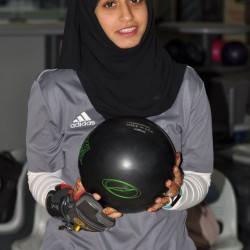 نجمة السلطنة في رياضة (البولينج) عائشة السيبانية تفتح قلبها لـ ((وهج الخليج))